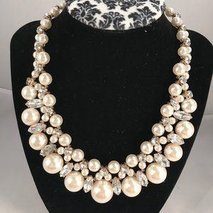 Prizma glam necklace and earring set  NEW